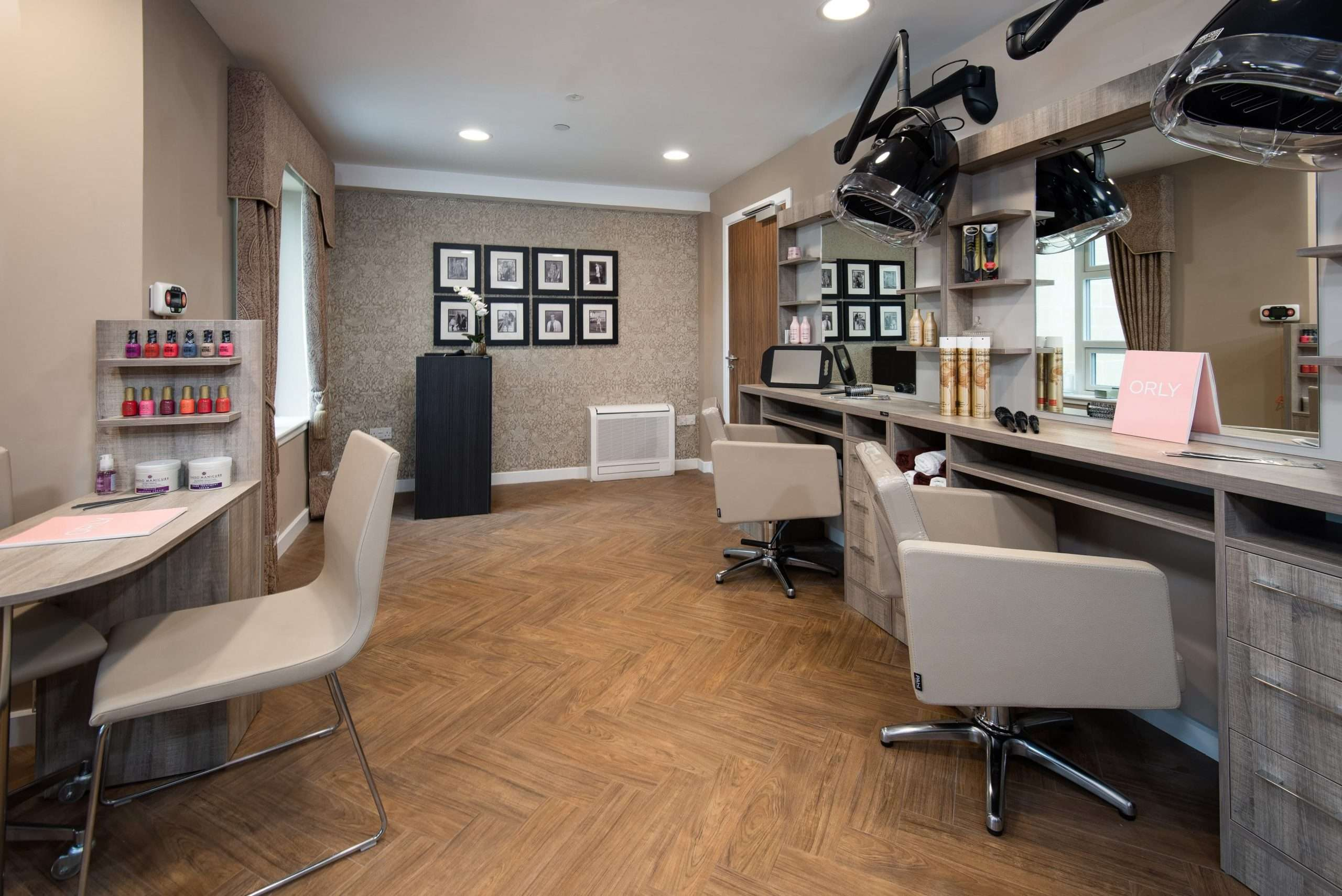 Salon at Cramond Residence