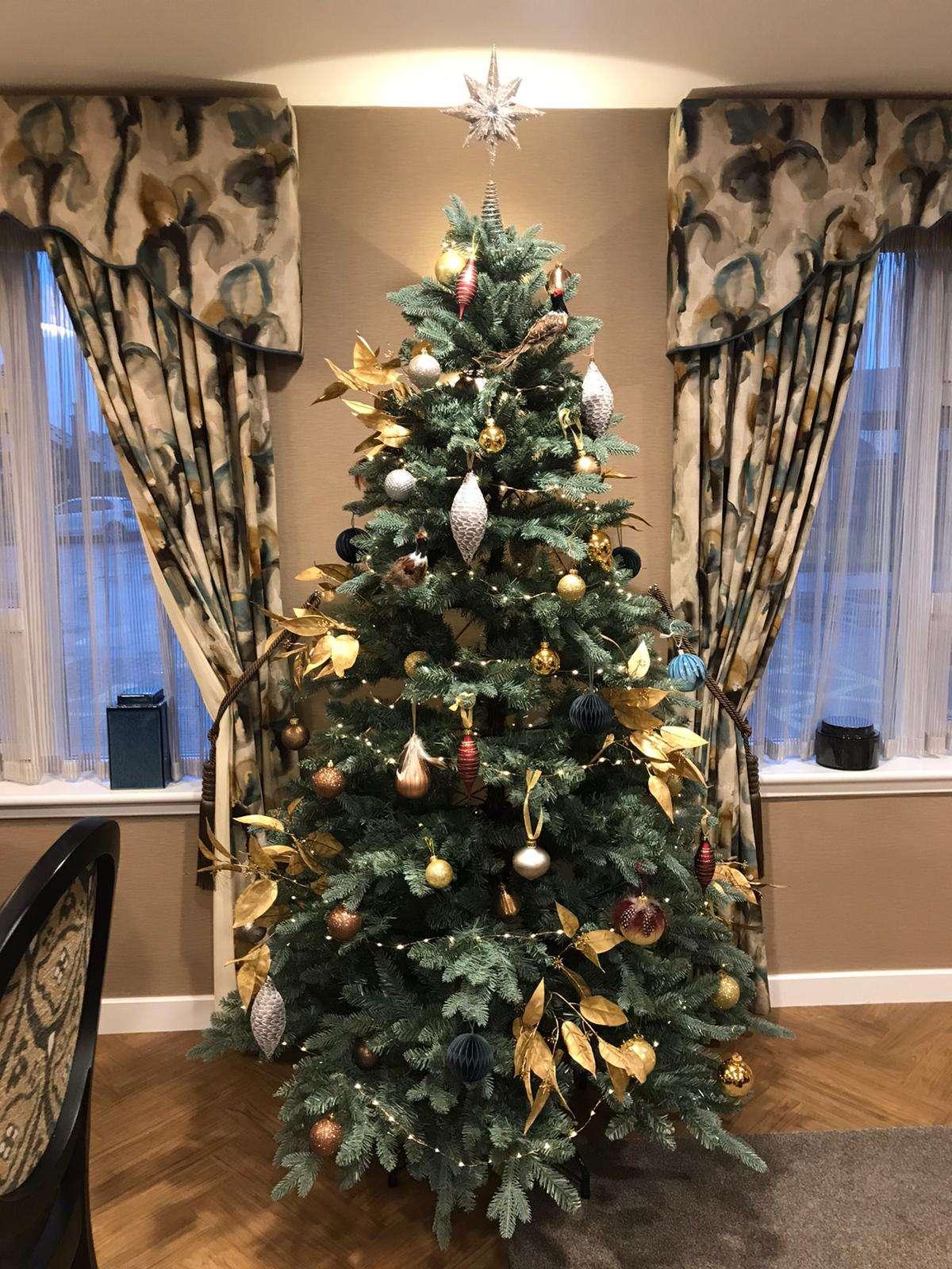 Christmas tree at Cramond Residence